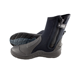 Traxion Boots